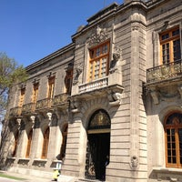Photo taken at Museo Nacional de Historia (Castillo de Chapultepec) by Alberto L. on 1/13/2013