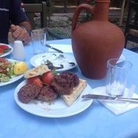 Photo taken at Ahmet Usta Köfte Evi by Serdar Kaya on 9/4/2014