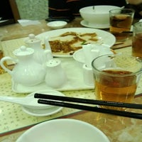Photo taken at Ho Hung Kee 何洪記 by Gee K. on 3/29/2013