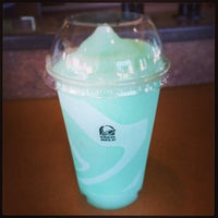 Photo taken at Taco Bell by Dongjun Z. on 10/10/2013