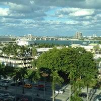 Photo taken at Holiday Inn Miami-International Airport by Sara S. on 11/9/2012