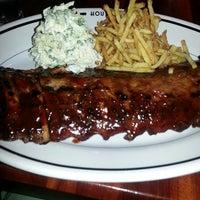 Photo taken at Houston's by Alicia on 7/6/2013