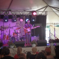 Photo taken at Sappy Fest by Nick G. on 8/3/2014