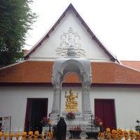 Photo taken at เทวสถาน (โบสถ์พราหมณ์) Dhevasathan (Brahmin Shrines) by TuiNui T. on 7/3/2016