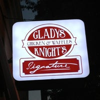 Photo taken at Gladys Knight's Signature Chicken & Waffles by Shawn - Realtor - M. on 10/13/2012