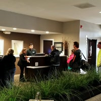 Photo taken at DoubleTree by Hilton Hotel Chicago Wood Dale-Elk Grove by Scott E. on 9/2/2016