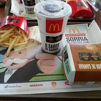 Photo taken at McDonald's by Giovane A. on 4/10/2013