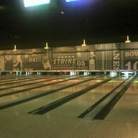 Photo taken at Striker Casual Bowling by Cláudia P. on 11/23/2012