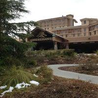 Photo taken at Chukchansi Gold Resort & Casino by 🐯🌀🈹Missy🈹🌀🐯 on 2/22/2013