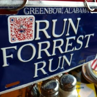 Photo taken at Bubba Gump Shrimp Co. by Chava on 10/7/2012