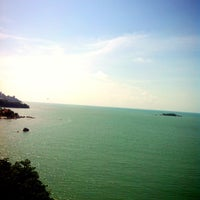 Photo taken at Hotel Sentral Seaview by Dania on 4/19/2013
