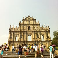 Photo taken at Ruins of St. Paul's by Dongcheong S. on 10/2/2012