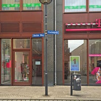 Photo taken at Telekom Shop Halberstadt by deutsche telekom on 8/14/2016