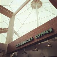 Photo taken at Starbucks by Gerardo M. on 11/20/2012