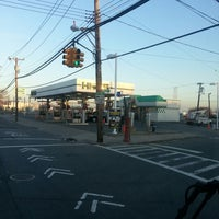 Photo taken at Hess Express by Moses J. on 11/22/2012