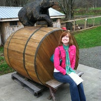 Photo taken at Bear Pond Winery by Christin on 10/27/2012