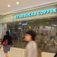 Photo taken at Starbucks by Peerapong A. on 2/12/2013