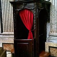 Photo taken at Real Chiesa di San Lorenzo by Екатерина Л. on 3/14/2014