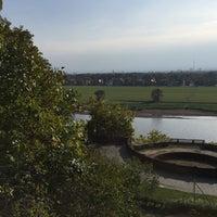 Photo taken at Schloss Albrechtsberg by Anja W. on 10/10/2015