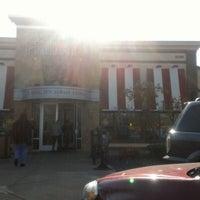 Photo taken at TGI Fridays by Sam M. on 11/29/2012