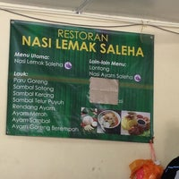 Photo taken at Nasi Lemak Saleha@Kampung Pandan by Azmir Z. on 8/31/2013