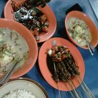 Photo taken at Sop Kaki Kambing Sudi Mampir by dede c. on 10/5/2012