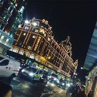 Photo taken at Knightsbridge by MuhaNNad ✨ on 1/13/2017