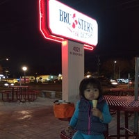Photo taken at Bruster's by Berick B. on 11/23/2013