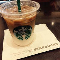 Photo taken at Starbucks Coffee なんば南海通店 by ゆきの 坂. on 9/30/2016