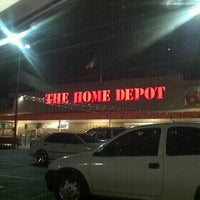 Photo taken at The Home Depot by Laboratorios G. on 12/21/2012