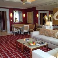 Photo taken at Encore - Wynn Macau by Paul T. on 9/27/2012