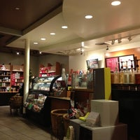 Photo taken at Starbucks by Kevin H. on 11/20/2012