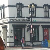 Photo taken at Banana Republic by Damon E. on 9/12/2013