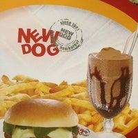 Photo taken at New Dog Hamburger by Ricardo N. on 3/9/2013