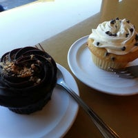 Photo taken at Molly's Cupcakes by Hira A. on 9/23/2012