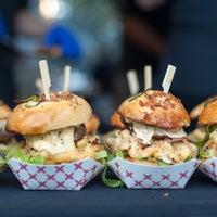 Photo taken at Sacramento Burger Battle 2015 by Sacramento Burger Battle 2015 on 7/4/2015