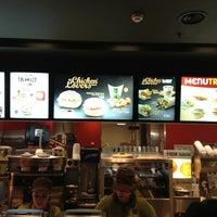 Photo taken at McDonald's by Filipe on 12/27/2012