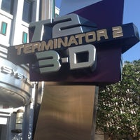 Photo taken at Terminator 2 3-D: Battle Across Time by Fábio on 4/15/2013