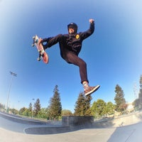 Photo taken at Sunnyvale Skate Park by Rich on 5/7/2014