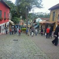 Photo taken at Feira de Artesanato de Embu das Artes by Bruno L. on 11/15/2012
