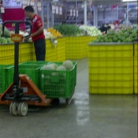 Photo taken at LotteMart Wholesale by dhany i. on 10/10/2012