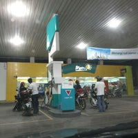 Photo taken at PETRONAS Station by Nur @z@£¡@ ♥. on 7/23/2013