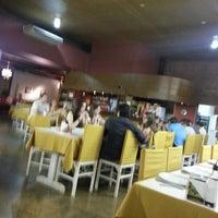 Photo taken at Pizzaria Don Romano by Rafael d. on 1/30/2013
