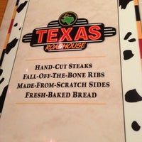 Photo taken at Texas Roadhouse by Trey H. on 12/16/2012