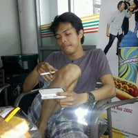 Photo taken at 7-Eleven by OnaL on 10/26/2012