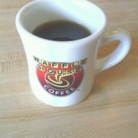 Photo taken at Waffle House by William H. on 9/18/2012
