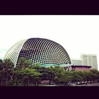 Photo taken at Esplanade - Theatres On The Bay by Khalifah A. on 10/2/2013