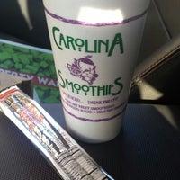 Photo taken at Carolina Smoothies by Fergus H. on 3/11/2014