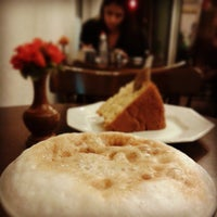 Photo taken at Fingen Café by Rubens N. on 7/15/2013