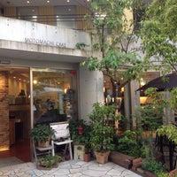 Photo taken at ママのえらんだ元町ケーキ 元町本店 by NORIX on 5/15/2016